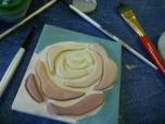 contrasting under-glaze color